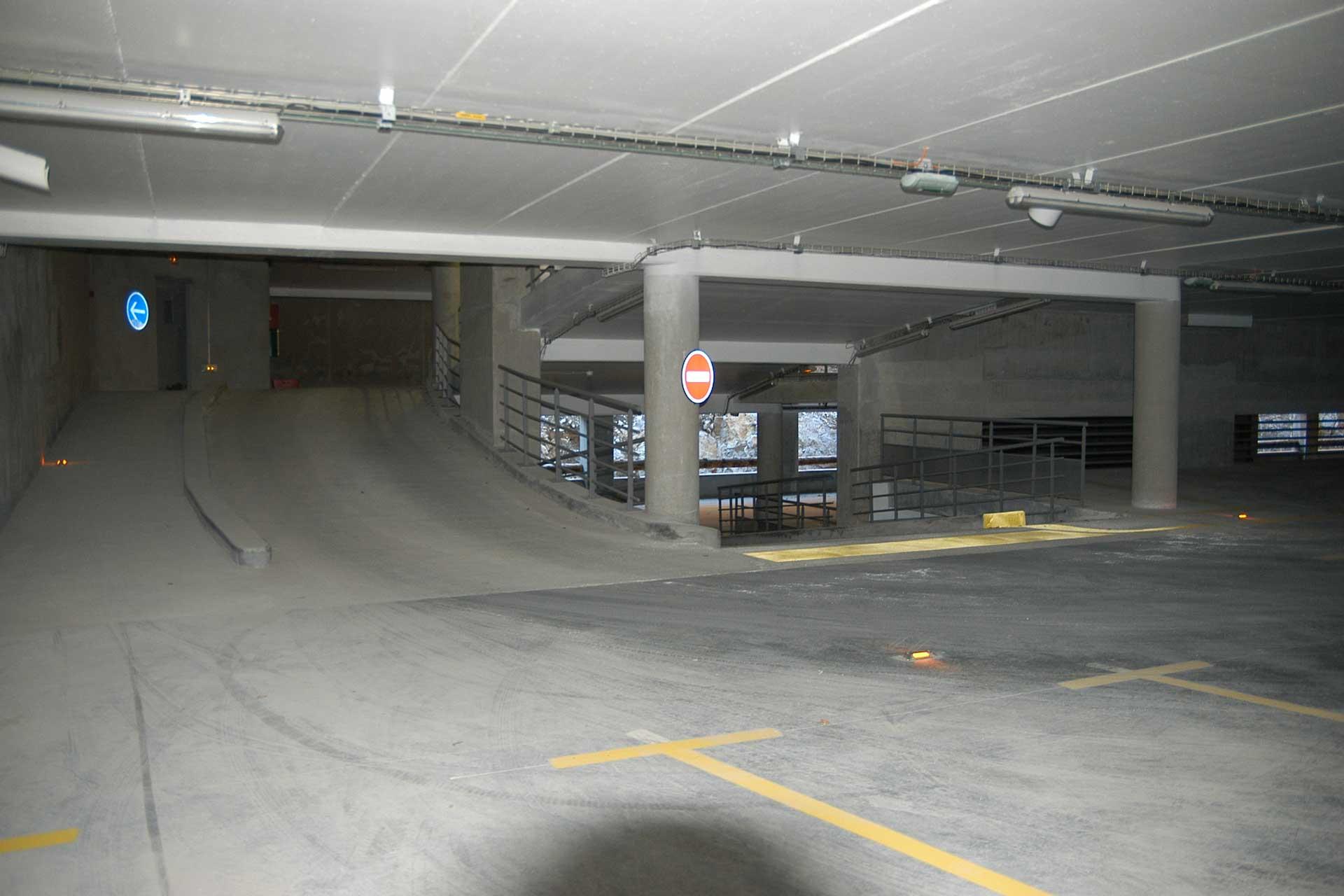 87-parking-salondames-img-(7)